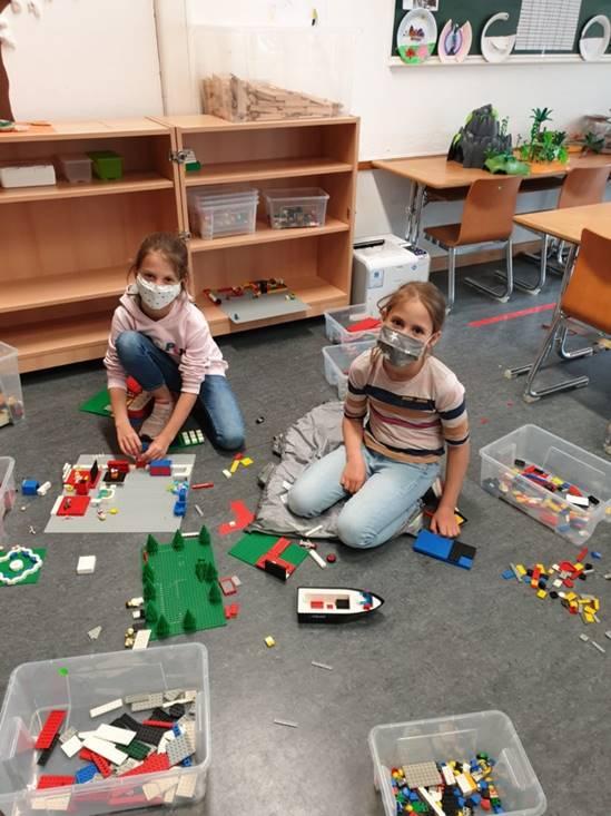Vorbildlich - die Kinder von Luederix tragen Maske und denken an die Gesundheit der Mitmenschen
